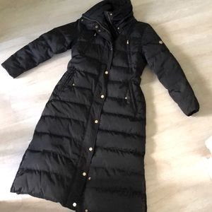 Michael Kors black down puff coat